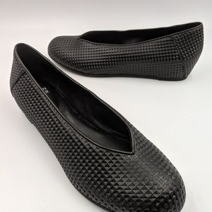 Eileen Fisher Patch Black Ballet Flat Sz 7 shoes